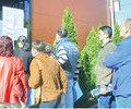 Sute de persoane s au prezentat ieri la Bursa Generala a Locurilor de Munca